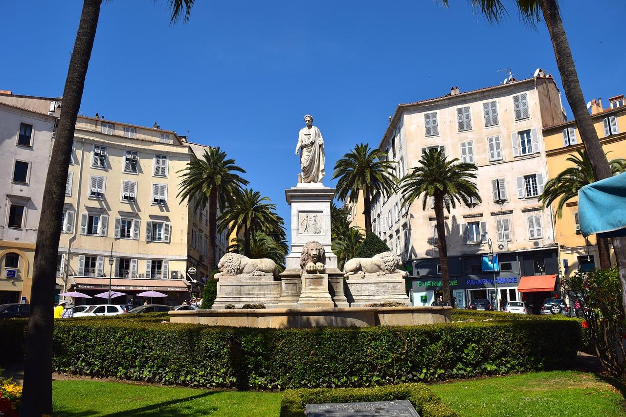 Napoleon sur la place du Marché à Ajaccio